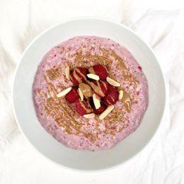 Raspberry Almond Flax Overnight Oats