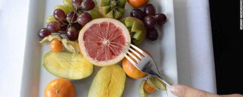 CNN.com: Should you eat three big meals or many mini-meals?